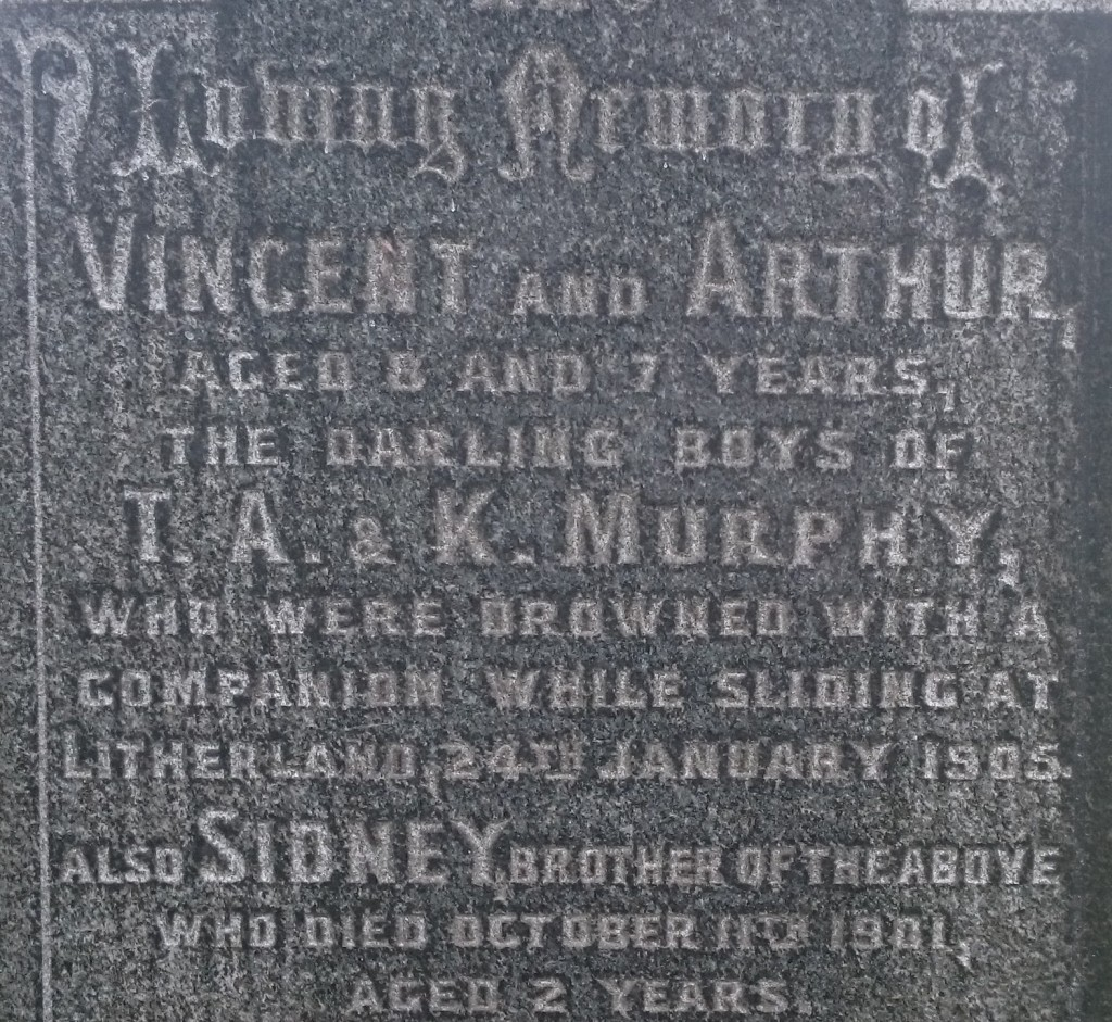 Murphy drowned boys grave RC cemetery (2)